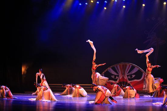 The original dance by CMA - the Deep Night won two awards at the 6th Dance Competition of North China's 5 Provinces & Cities