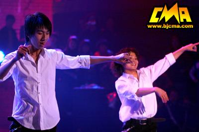 朱海峰现场秀舞