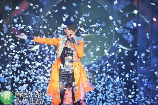 全国冠军争夺赛第一轮 蔡婷玉演唱《听我72变》