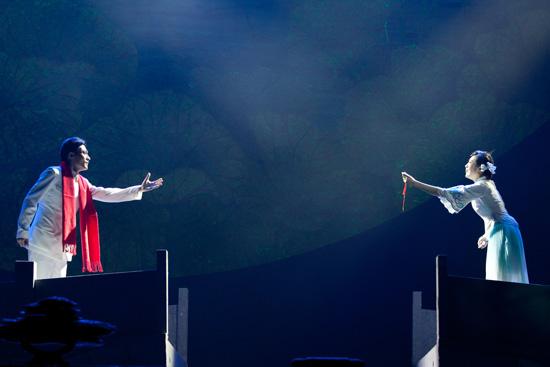 北京现代音乐学院发布2012十大新闻