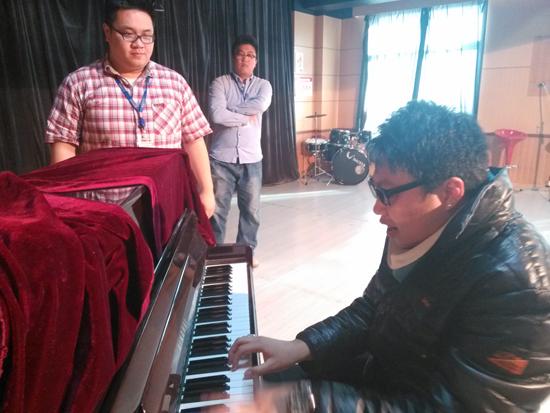 三亚万达演艺公司青睐北京现代音乐(研修)学院 多次来访招聘《海棠·秀》演员