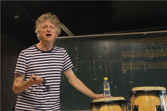 美国著名钢琴家Dave Kikoski做客北京现代音乐研修学院大师讲堂