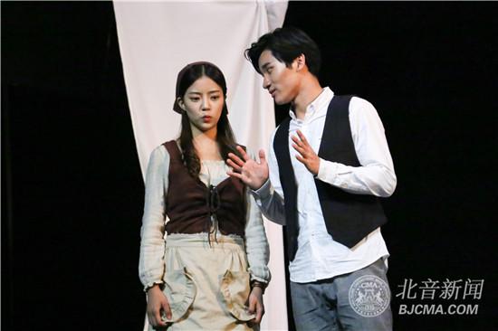 北京现代音乐研修学院影视戏剧学院表演系话剧《捕鼠器》精彩上演